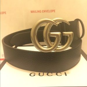 Gucci black leather silver double gg buckle belt